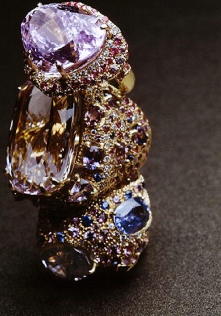Alta gioielleria Made in Italy - anelli - oro giallo - diamanti - pietre preziose
