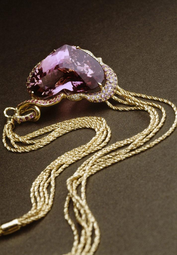 Alta gioielleria Made in Italy - collana - pendente cuore - oro giallo - diamanti - pietre preziose