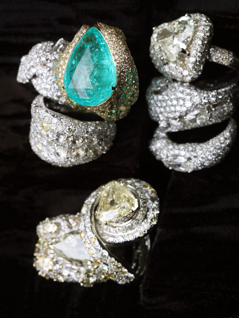 Alta gioielleria Made in Italy - anelli - oro bianco - oro giallo - diamanti - smeraldo
