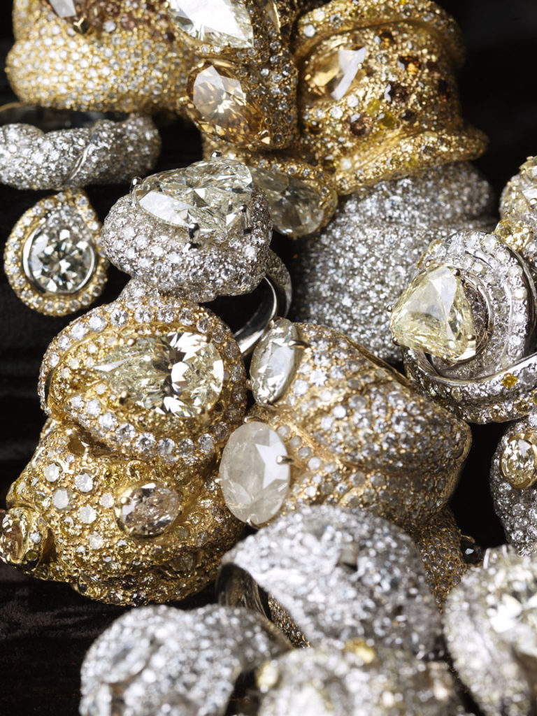 Alta gioielleria Made in Italy - anelli - oro bianco - oro giallo - diamanti - fancy diamonds