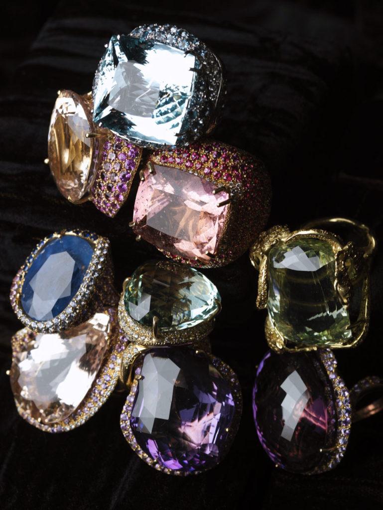 Alta gioielleria Made in Italy - anelli - oro bianco - oro giallo - diamanti - quarzo - zaffiri - ametista - rubini - acquamarina