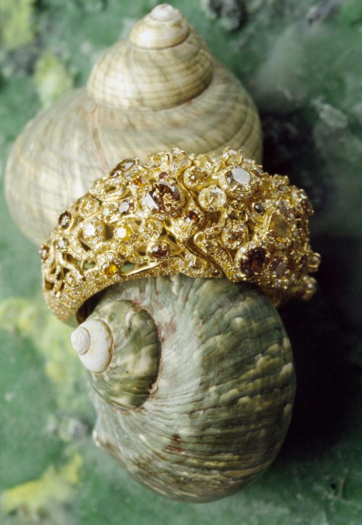 Alta gioielleria italiana - bracciale - oro giallo - diamanti - pietre preziose