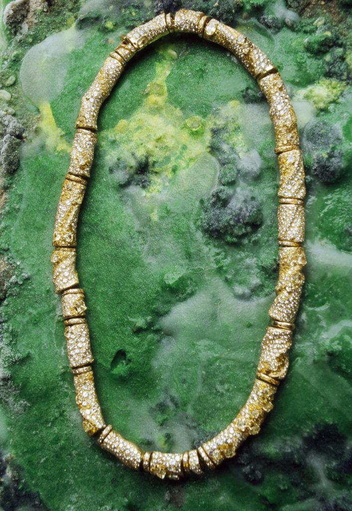 Alta gioielleria italiana - collier - oro giallo - diamanti - pietre preziose