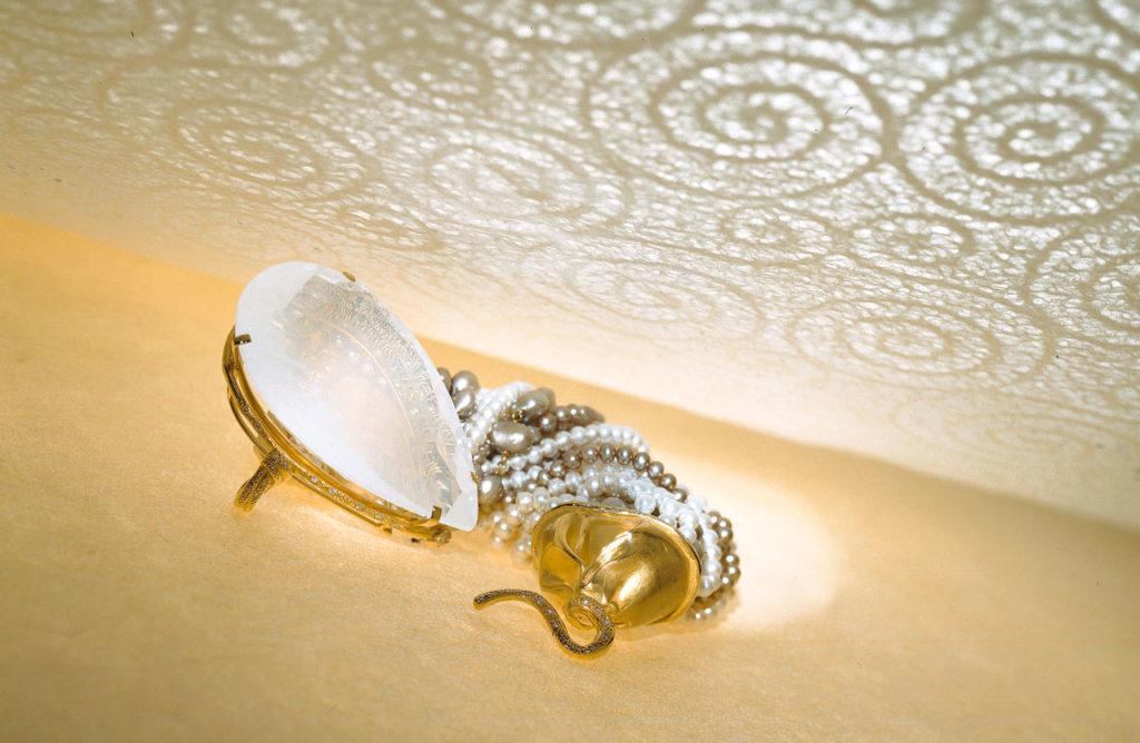 Alta gioielleria Made in Italy - bracciale- oro giallo - perle - diamanti - gemme rare