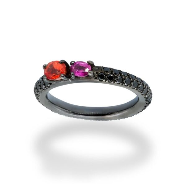 d'Avossa Ring in 18Kt black gold with a pavé of black diamonds, Oval Orange Sapphire and Purple Sapphire. (3)