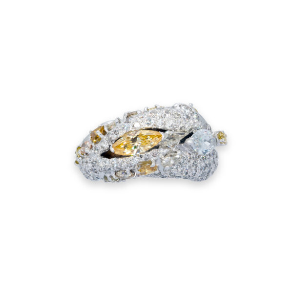d'Avossa Ring in 18kt white gold with two central Diamonds marquise cut, Fancy yellow and White, on a pavé of white diamonds and two rows of Fancy Yellow diamonds. (2)