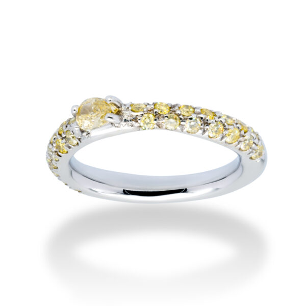 d'Avossa Ring 18kt white gold with a pavé of fancy yellow natural diamonds and a central fancy natural pear shape diamond (2)