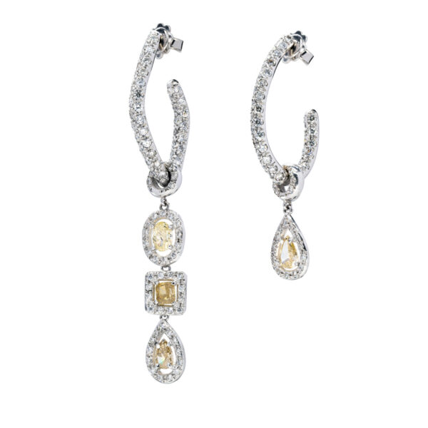 d'Avossa Earrings with White and Fancy Natural Diamonds