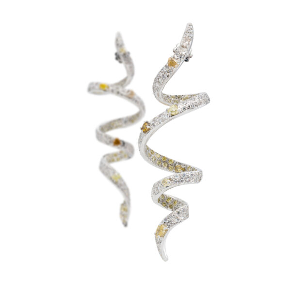 d'Avossa Earrings, 18kt White Gold, with Fancy and White Diamonds