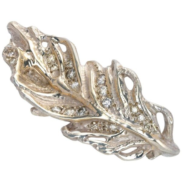 Feather Shaped Ring from d'Avossa Rêves d'Argent Collection, in Silver, with Diamonds