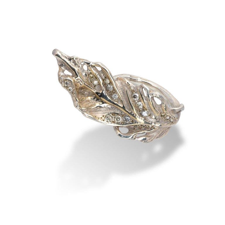 Feather Shaped Ring from d'Avossa Rêves d'Argent Collection, in Silver, with Diamonds (5)