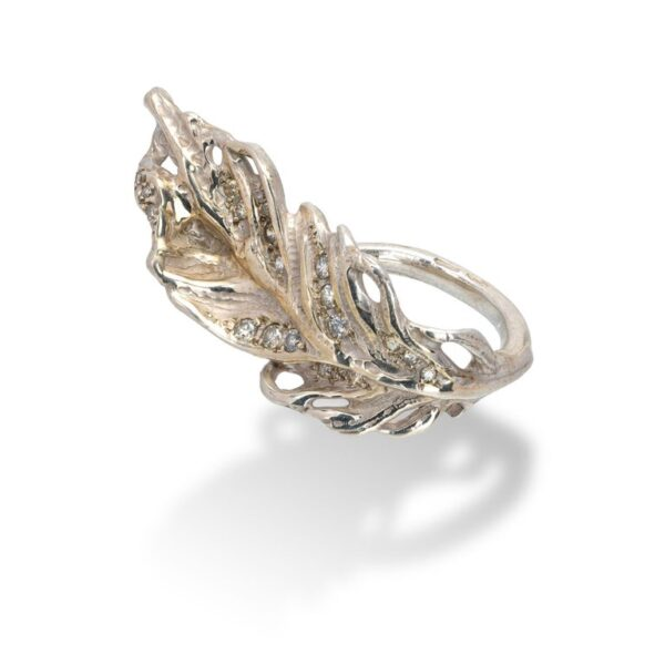 Feather Shaped Ring from d'Avossa Rêves d'Argent Collection, in Silver, with Diamonds (2)
