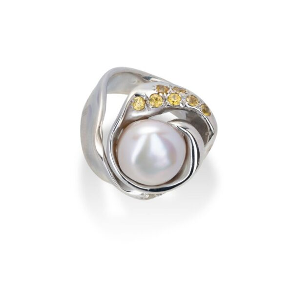 d'Avossa Ring from Rêves d'Argent Collection, in Silver, with Natural Pearl, Yellow and white Sapphires (2)