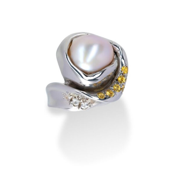 d'Avossa Ring from Rêves d'Argent Collection with Natural Pearl and Sapphires (5)
