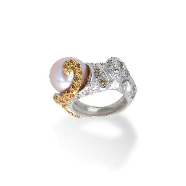d'Avossa Ring from Rêves d'Argent Collection in Silver with Natural Pearl and Sapphires (3)