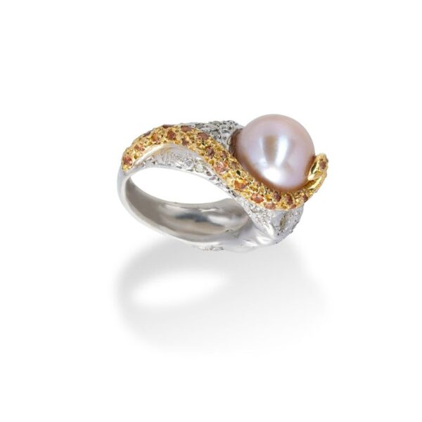 d'Avossa Ring from Rêves d'Argent Collection in Silver with Natural Pearl and Sapphires (4)