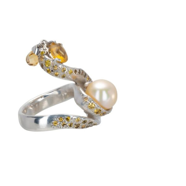 d'Avossa Ring from Rêves d'Argent Collection, in Silver, with Pearl, Sapphires and Topazes (6)