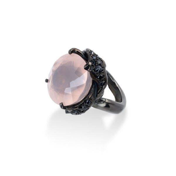d'Avossa Ring from Rêves d'Argent Collection, in black silver, with Rose Quartz and Sapphires (2)