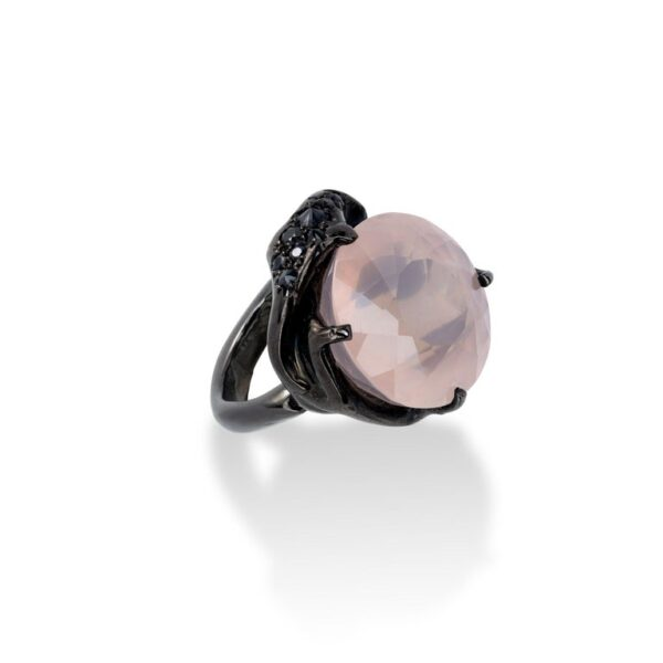 d'Avossa Ring from Rêves d'Argent Collection, in black silver, with Rose Quartz and Sapphires (3)