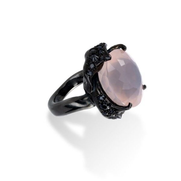 d'Avossa Ring from Rêves d'Argent Collection, in black silver, with Rose Quartz and Sapphires (5)